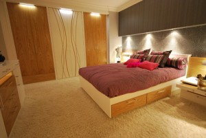 Fitted bedroom furniture in oak and white satin - custom made