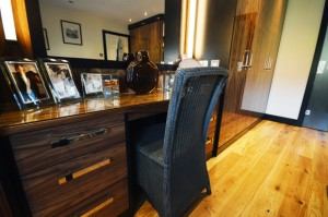 Bespoke dressing table in real wood veneers in black walnut