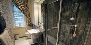 Ensuite bathroom with shower enclosure