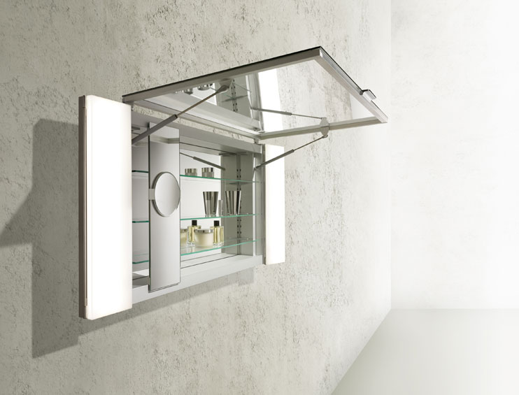 KEUCO mirror cabinet with consealed plugs and make-up mirrors