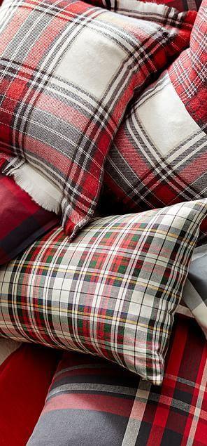 canadianloghomes.com rustic pillows